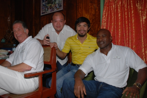Holyfield meets Manny Pacquiao
